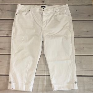 NYDJ  Not Your Daughters Jeans Crop Size 20W White